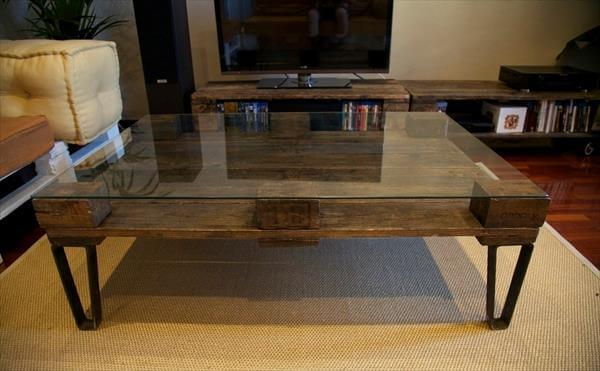 DIY Pallet Coffee Table With Glass Top Part 12