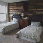DIY Rustic Pallet Wood Wall
