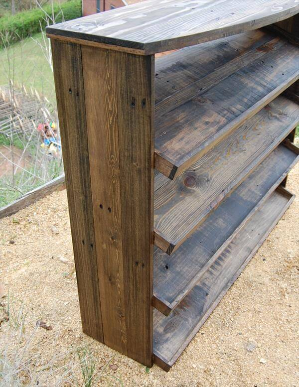 pallet shoe rack pallet furniture diy. Black Bedroom Furniture Sets. Home Design Ideas