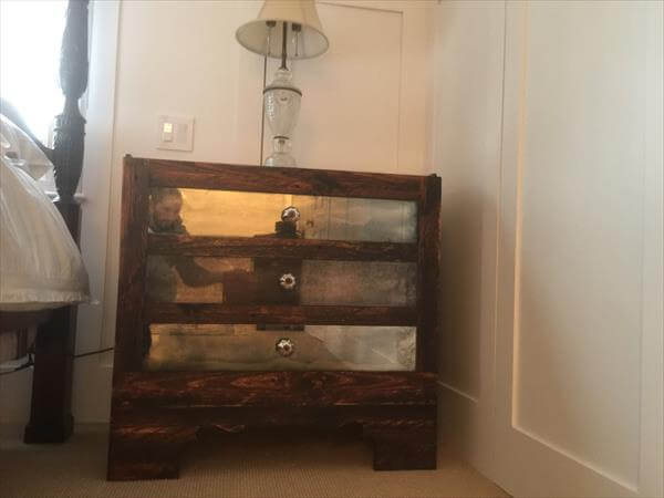 diy pallet and mirror nightstand