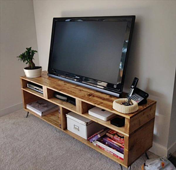recycled pallet TV stand and entertainment center