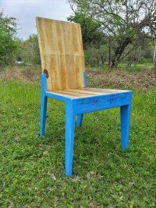 repurposed pallet outdoor chair