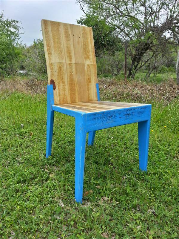 repurposed pallet outdoor chair
