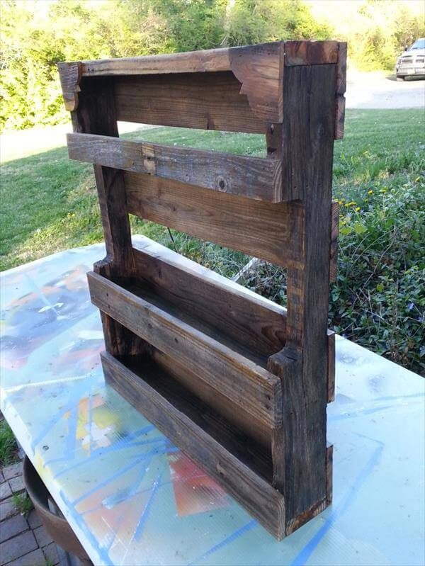 reclaimed pallet spice rack