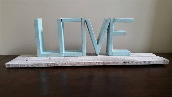 wooden pallet love wall shelf