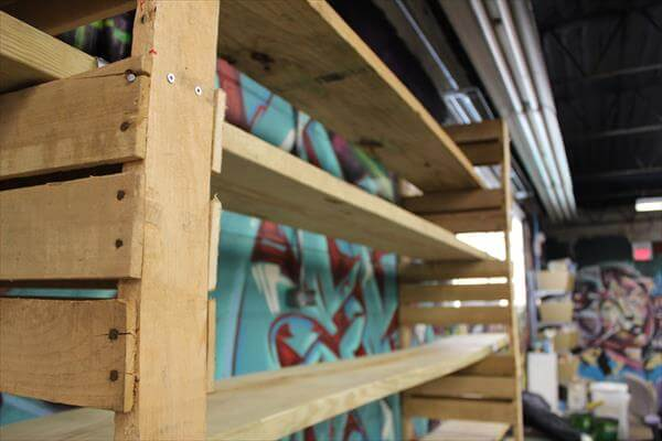 wooden pallet Eco-friendly shelving