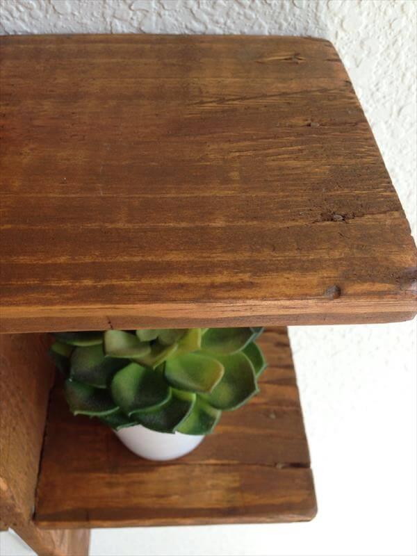 Pallet Decorative Floating Shelf | Pallet Furniture DIY