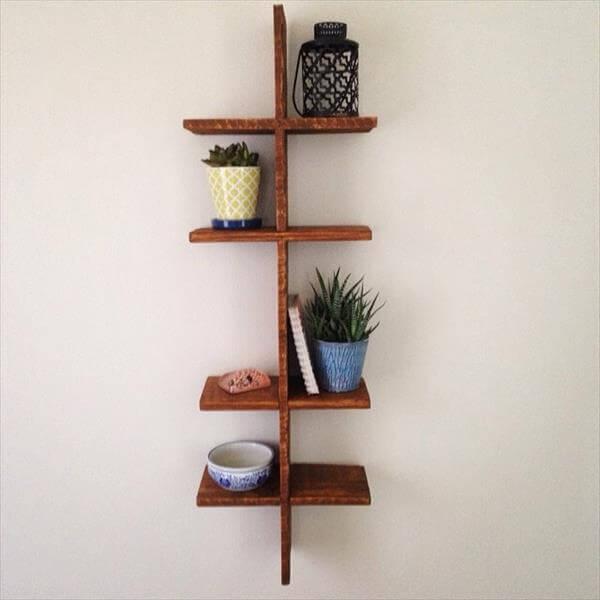 diy pallet knickknack shelf
