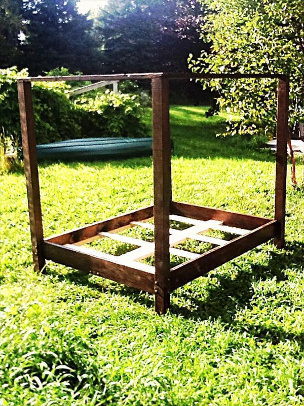 DIY Pallet Canopy Bed Frame | Pallet Furniture DIY