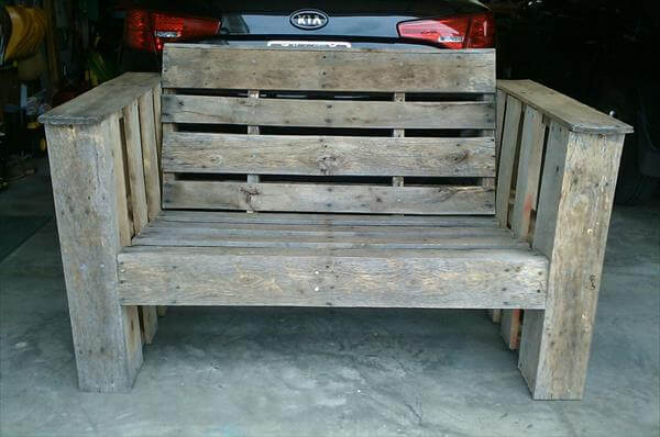rustic yet sturdy pallet outdoor chair