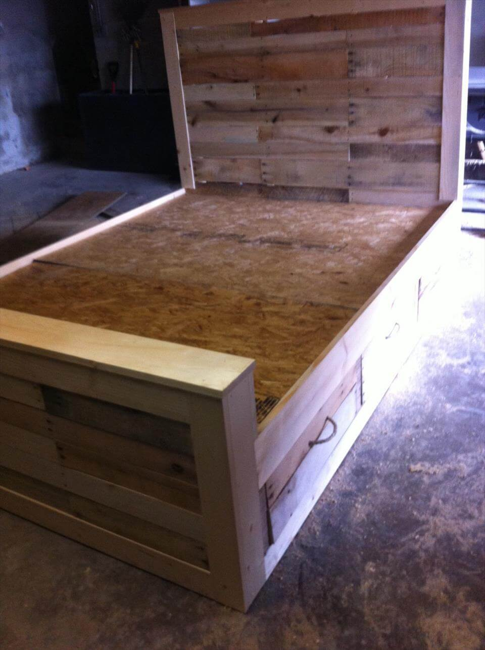 Wooden Pallet Rustic Bed With