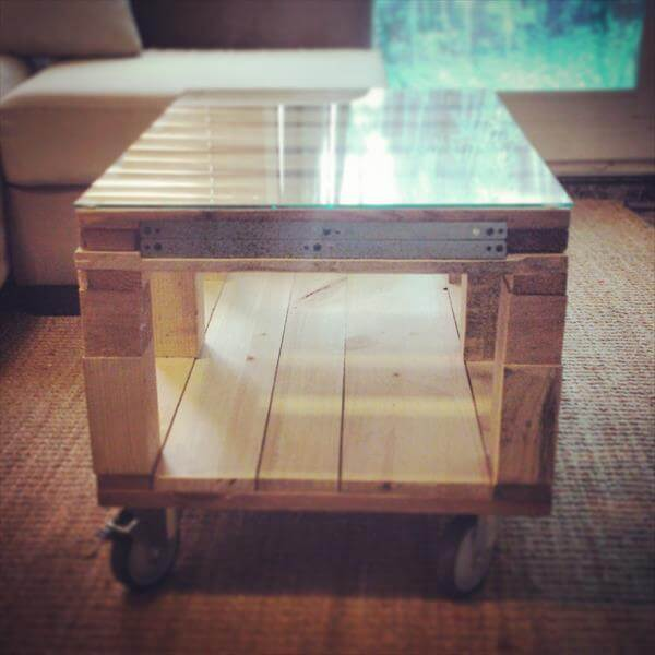 recycled pallet expandable coffee table with wheels