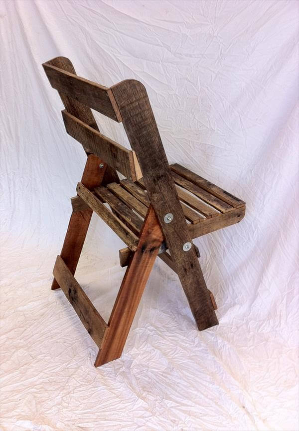 DIY Wood Pallet Folding Chair Furniture
