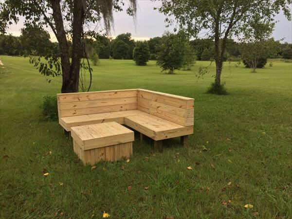 Garden Furniture From Wooden Pallets wood pallet sectional patio furniture | pallet furniture diy