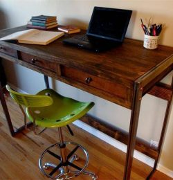 wooden pallet standing desk