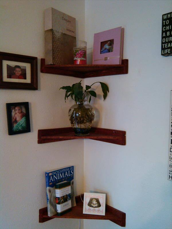 DIY Pallet Living Room Corner Shelves