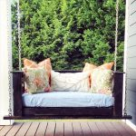 Reclaimed Pallet Porch Swing