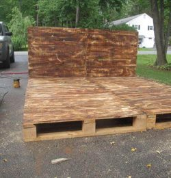 diy wooden pallet platform bed