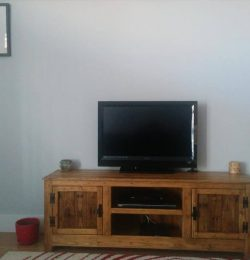 Reclaimed pallet tv or media stand