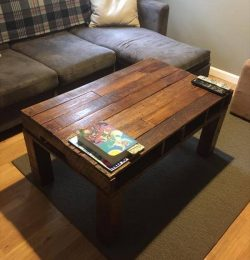 repurposed pallet vintage coffee table