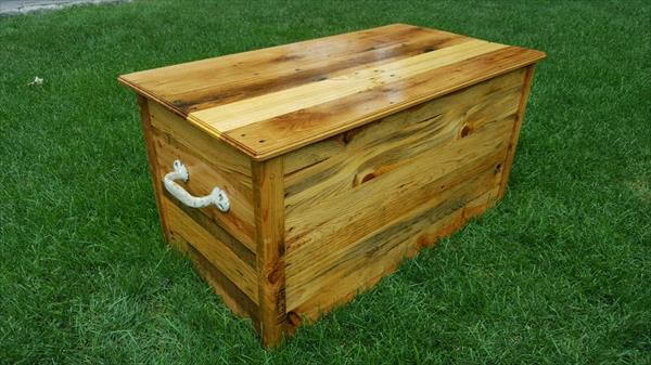 DIY Pallet Wood Chest – Toy Box | Pallet Furniture DIY