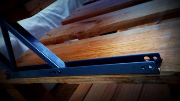 wooden pallet exapandable coffee table