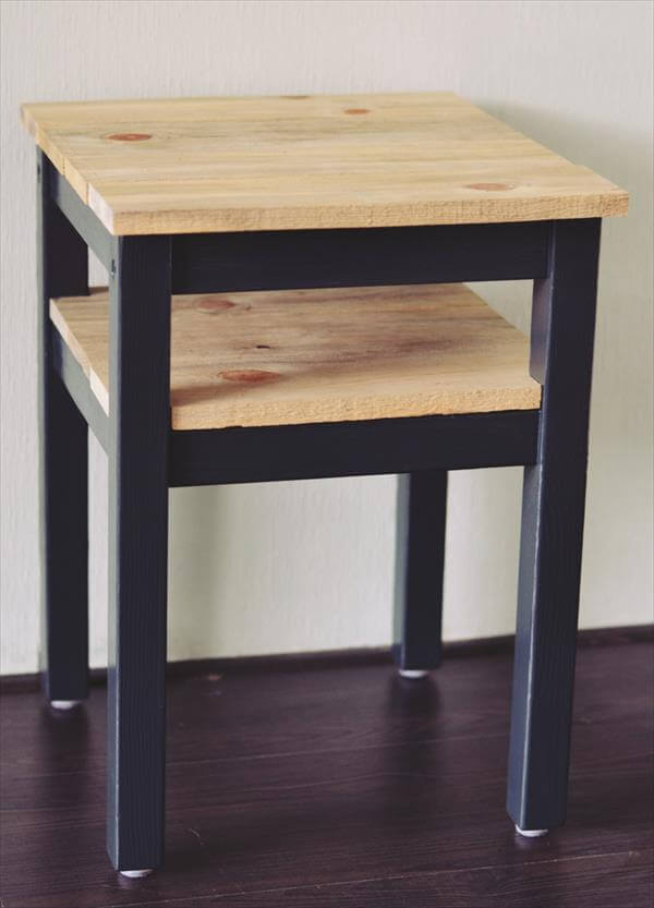 Recycled Wood Pallet Side Table | Pallet Furniture DIY