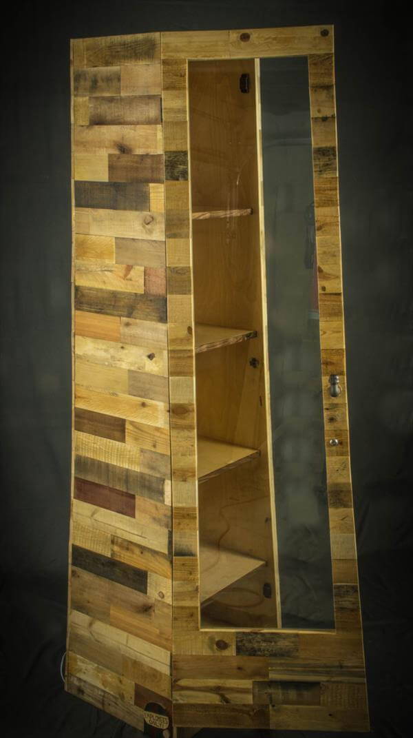 pallet shelf tower with door