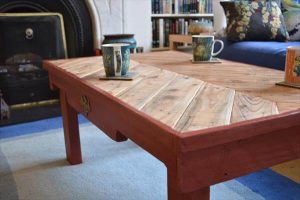 pallet chevron coffee table with red stained base