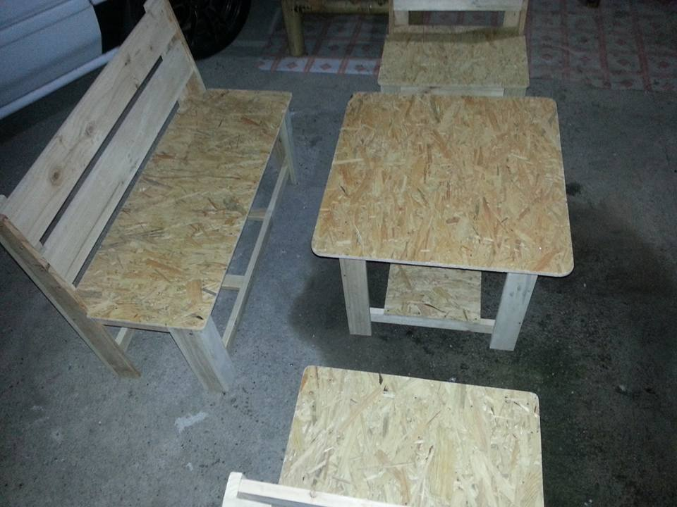 pallet seating set with sofa