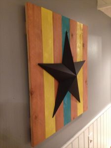 diy pallet and metal star wall art