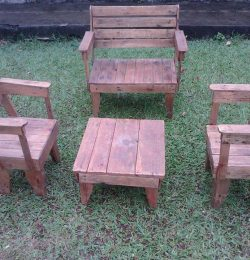 Accent garden seating furniture