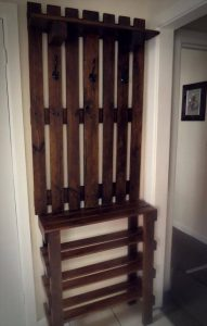 wooden pallet wall hanger with shoes rack
