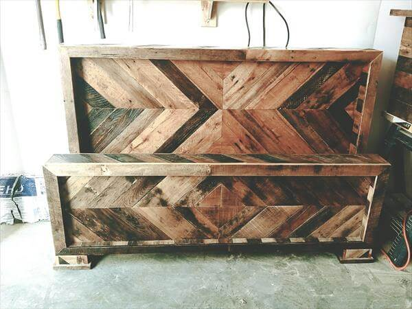 pallet chevron headboard and footboard set