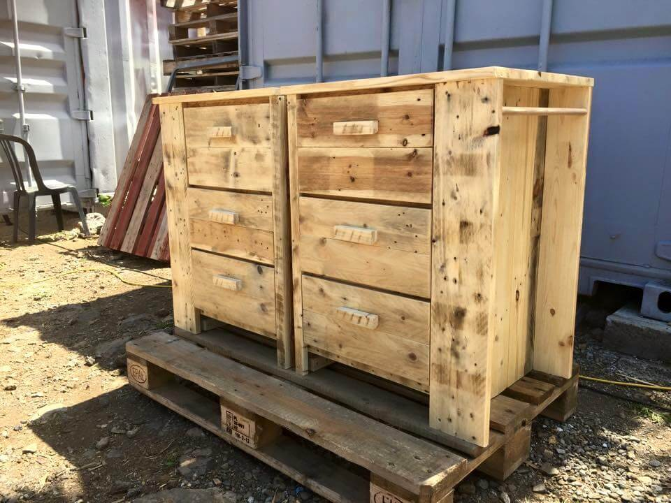 Multipurpose Pallet Chest of Drawers | Pallet Furniture DIY