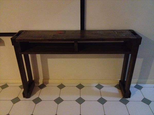 upcycled wooden pallet hall table
