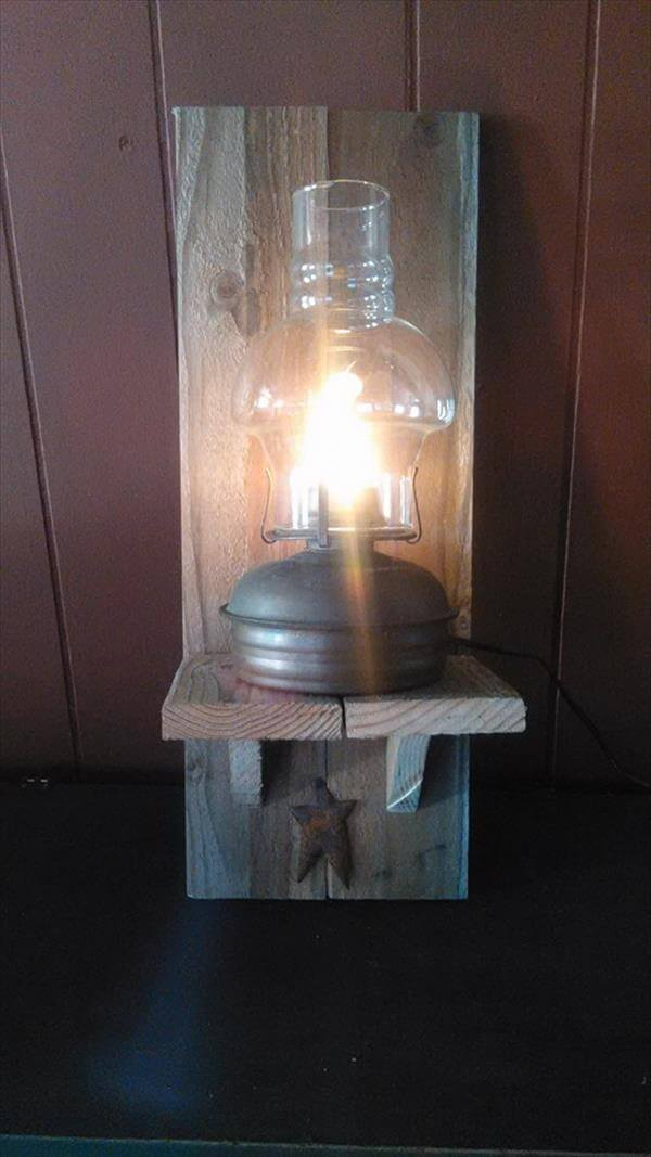 recycled pallet wall lamp