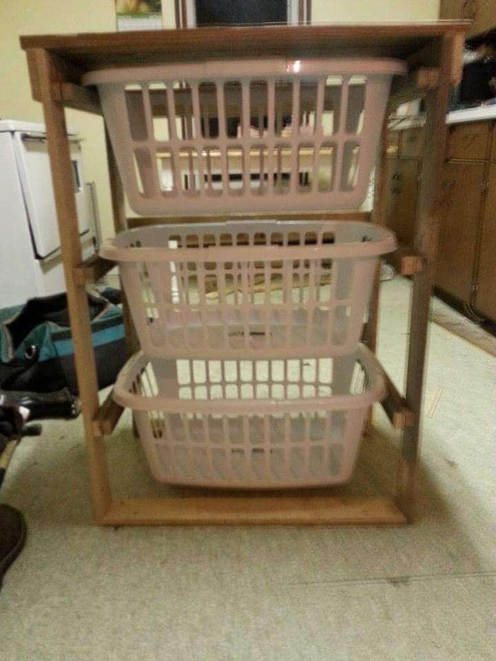 Pallet Laundry Basket Holder Pallet Furniture Diy