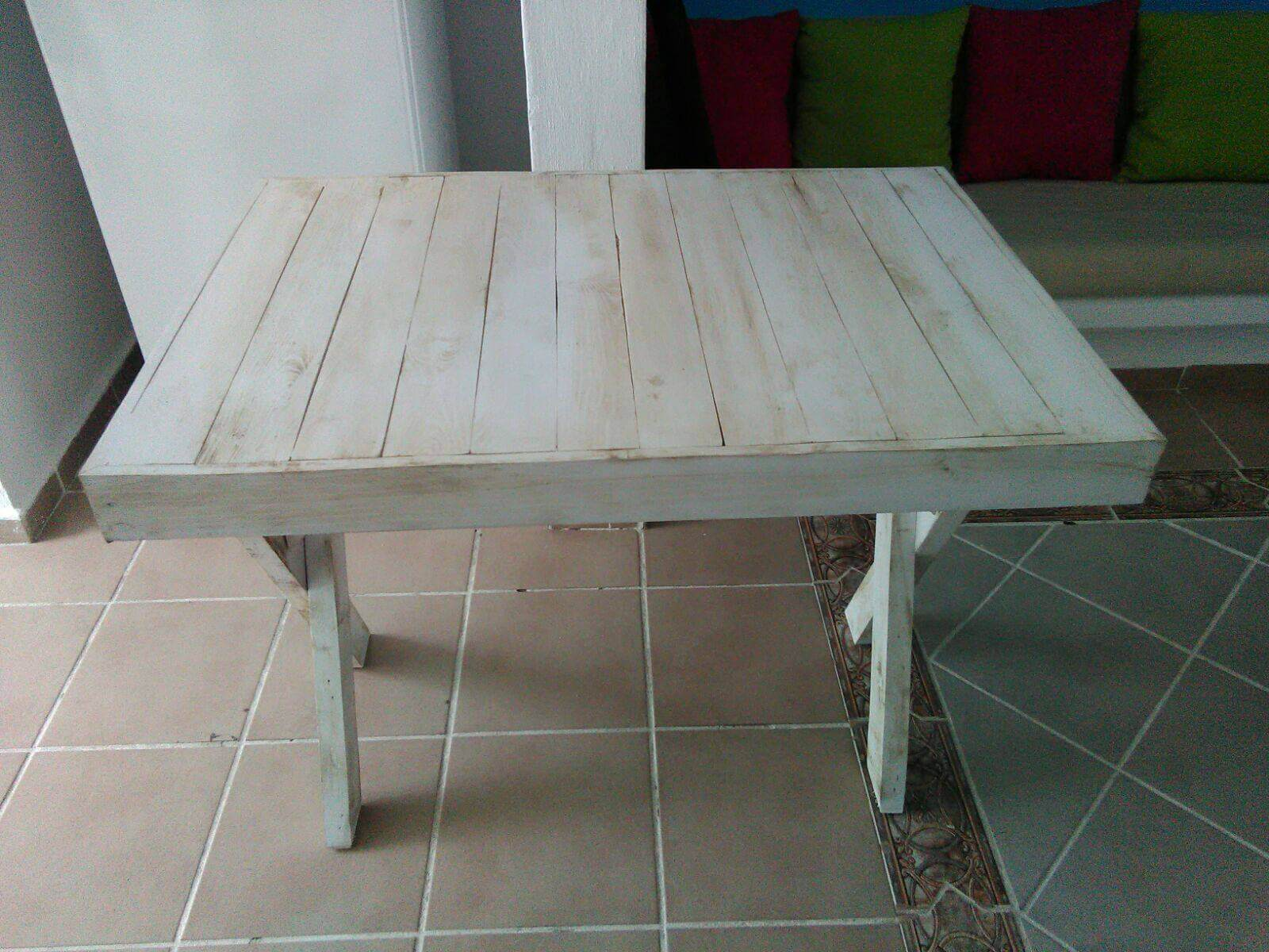 Pallet Table With Criss Cross Legs Pallet Furniture DIY