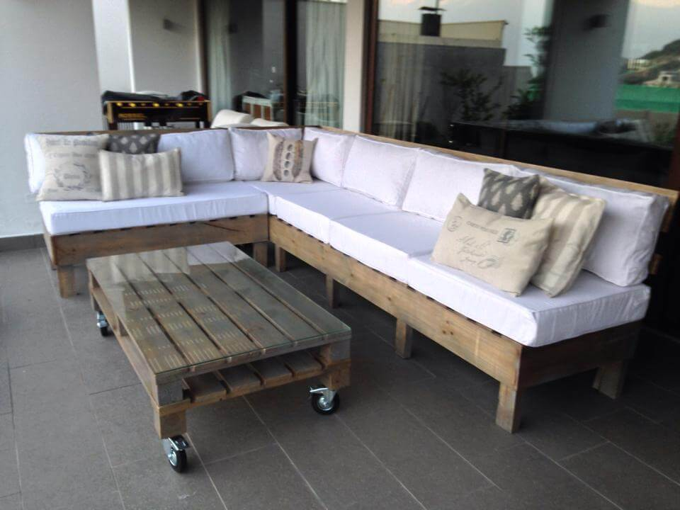 diy pallet seating set for garden deck