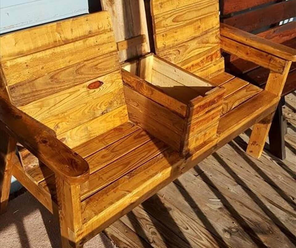 diy pallet joined chairs