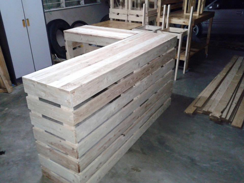 build outside wooden table | Woodworking DIY Plans