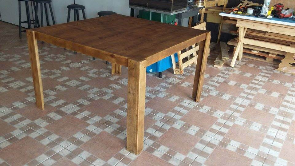 square pallet dining table