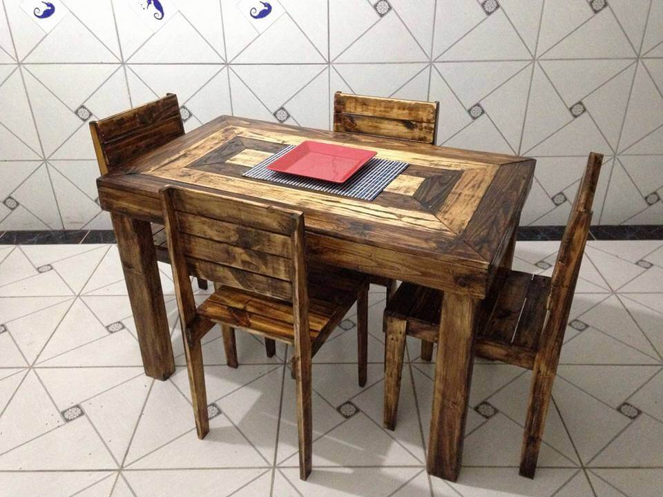 4 people pallet dining set pallet furniture diy for Diy chairs made from pallets