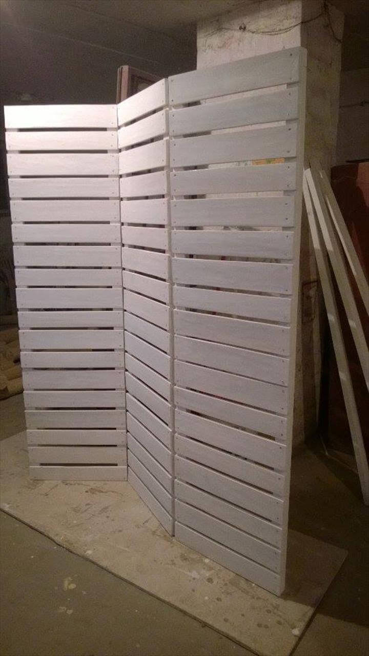 upcycled pallet folding room divider
