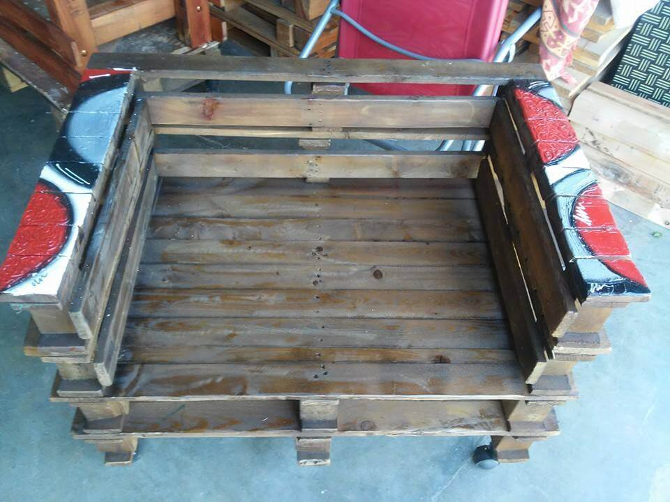 Wooden pallet chair