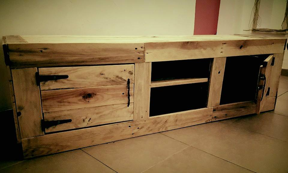 no-cost wooden pallet media cabinet