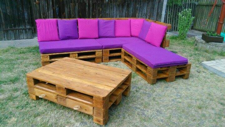 Pallet Sectional Sofa Coffee Table Pallet Furniture Diy