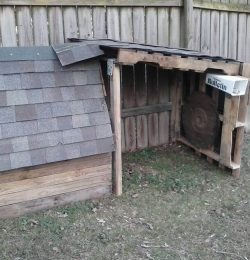 recycled pallet 2 story pet house