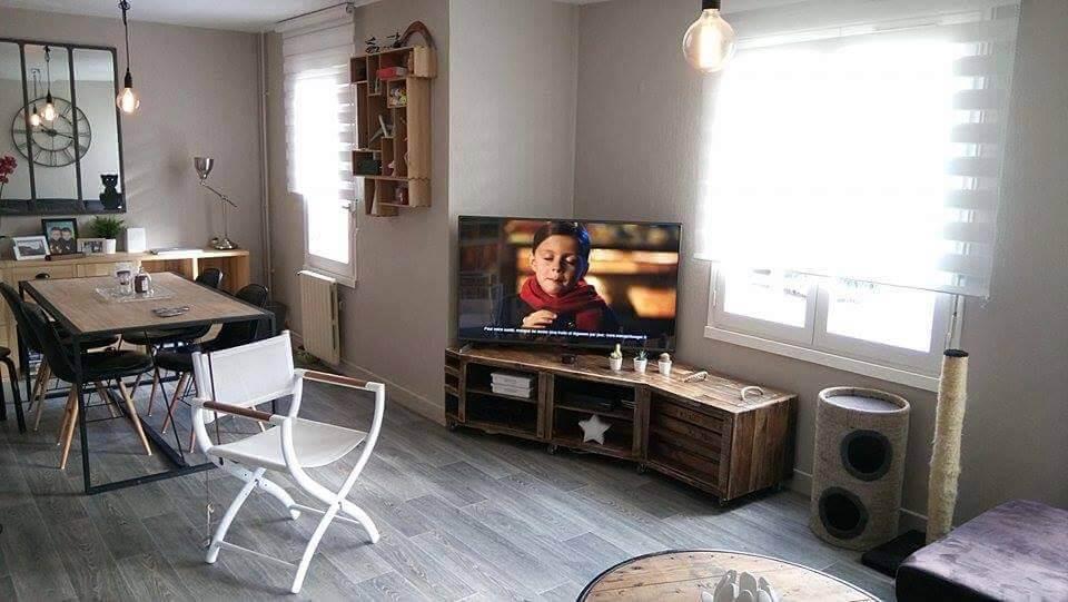 handmade wooden pallet corner TV console